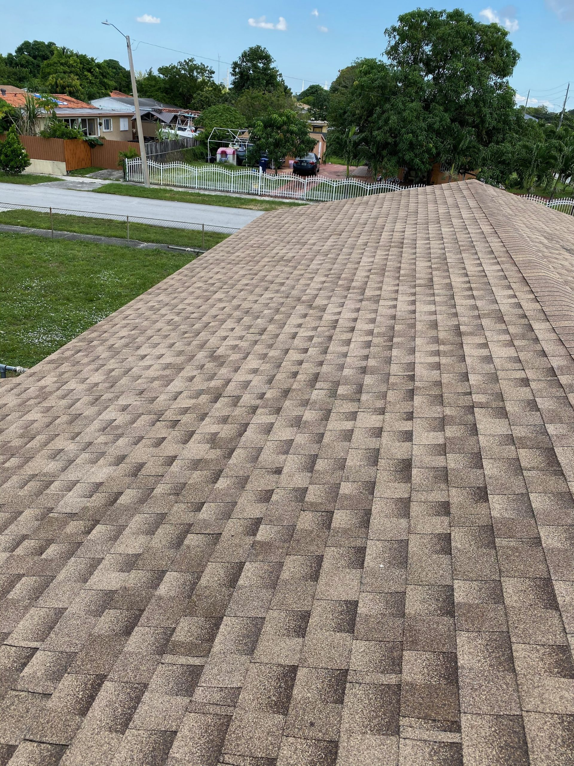 Dimensional Shingle Roof - Seal Tight Roofing - Miami, Florida