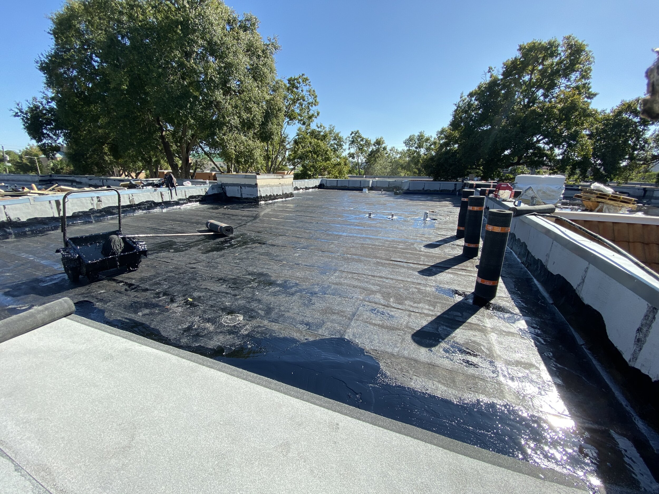 Flat Roof - Housing - Seal Tight Roofing - Tampa, Florida